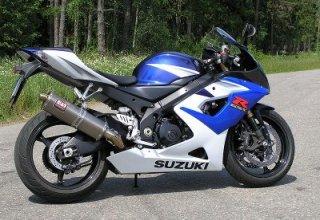 suzuki_GSX_R1000K5